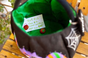 Halloween Party Games for Kids treasure hunt